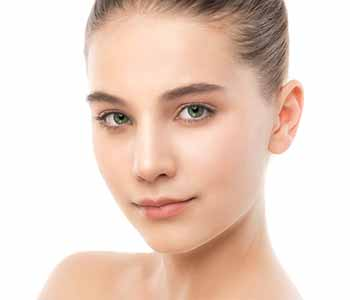Image of a young lady used neck lift Surgery